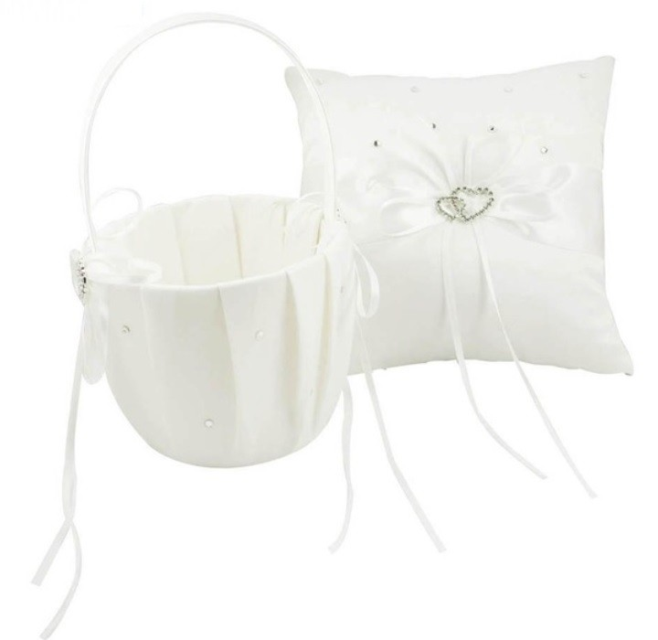 Flower Basket/Pillow - Hearts - Ivory