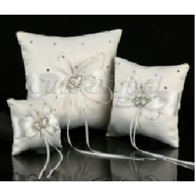 Ring Pillow - Hearts - White